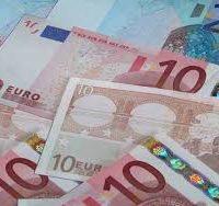 kreditai dirbantiems uzsienyje
